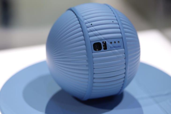 CES 2020. Samsung показал робота Ballie, который следует за вами (img 3355)