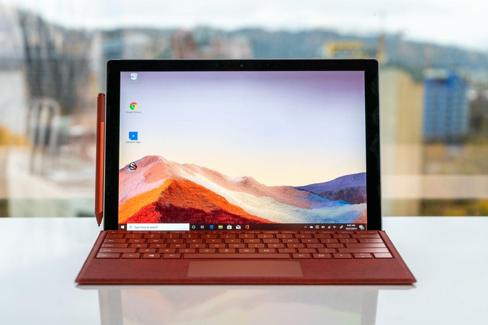 Microsoft советует пользователям Windows 7 купить новый ПК (microsoftsurfacepro7 7)