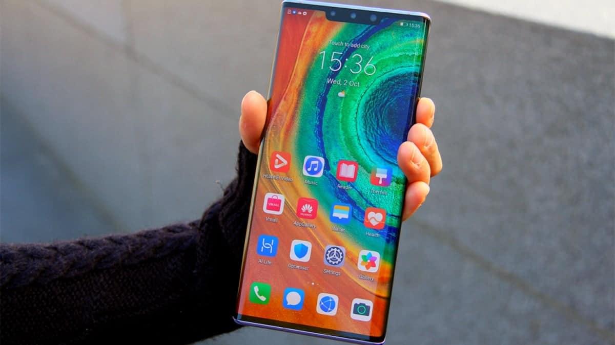 Huawei будет предустанавливать популярные приложения из Play Store на свои смартфоны (huaweimate30pro)