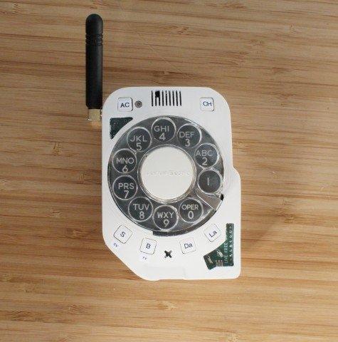 Инженер изготовил свой смартфон c барабанным диском и антенной (ndbaucz30m0mwz191440nftva1zecfp)