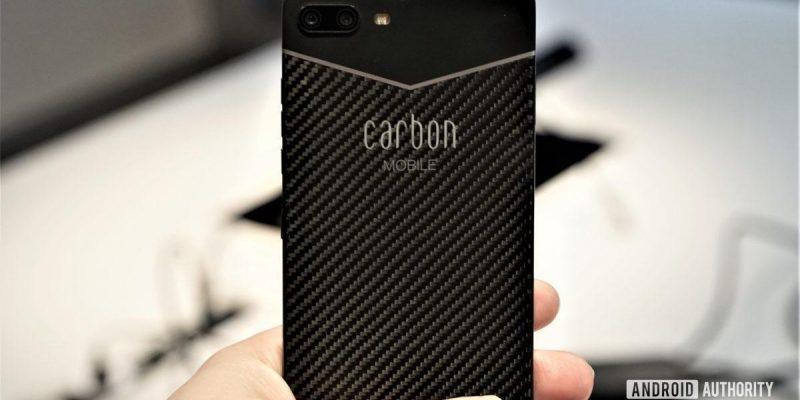 Представлен Carbon 1 Mark II - первый в мире смартфон из углеродного волокна (carbon mobile mk ii in hand 1200x675 large)