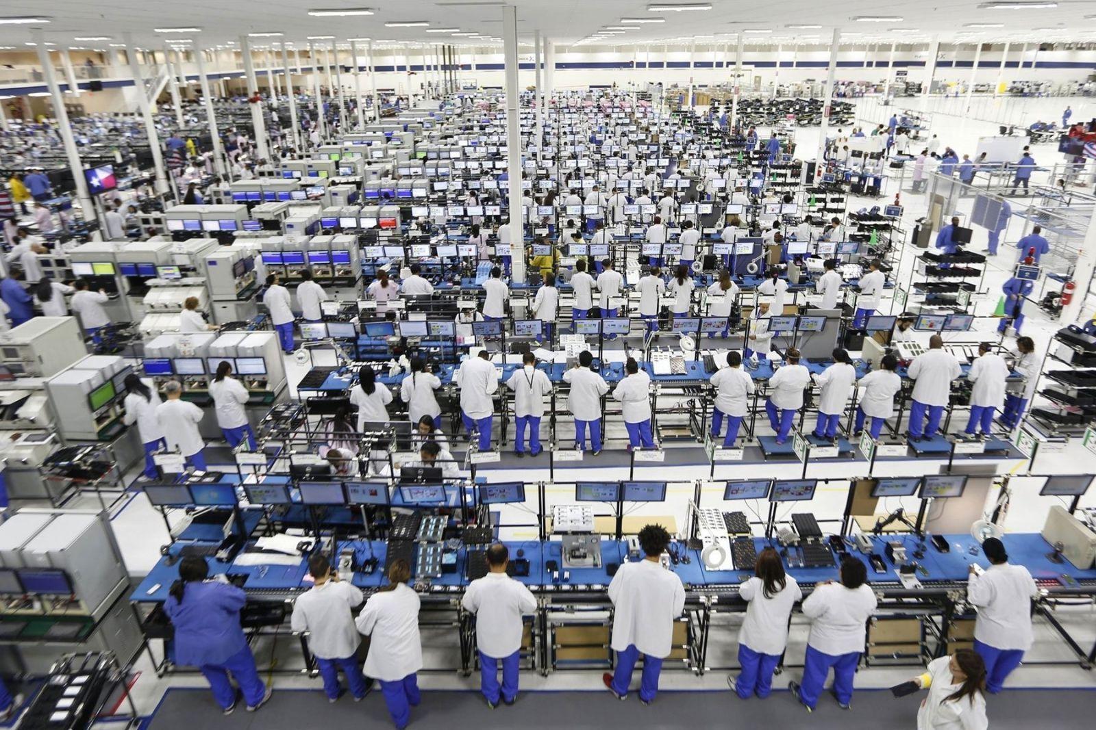 Компания Foxconn планирует возобновить производство к концу марта ()