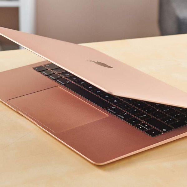 Главные отличия нового MacBook Air от модели 2019 года (mmtrp7tbe3nsmqlfru3nnk)