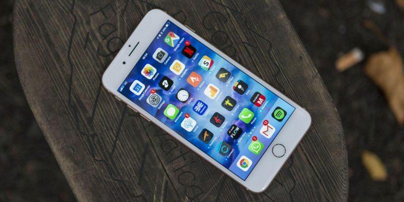 iPhone SE2 представят уже через 2 дня (ocqgkifoemaka7c4r9pm3 scaled 1)