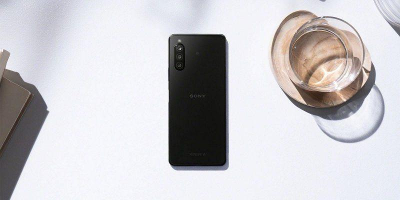 Sony открыла предзаказ на смартфон Sony Xperia 10 II (androidpit xperia 10 ii in situation black scaled 1)