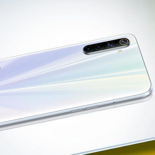 Компания Realme представила смартфон Realme 6s (anons monstry byudzhetnogo segmenta realmi 6 i 6 pro 4)