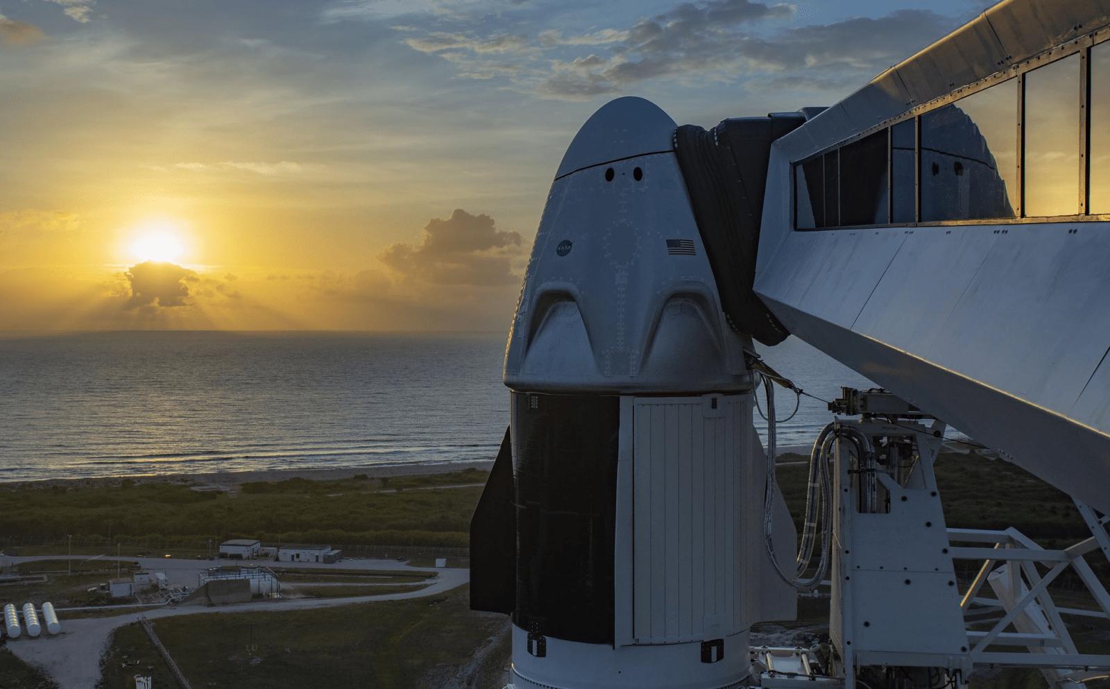 Сегодня состоится запуск управляемого корабля SpaceX Crew Dragon (download 1)
