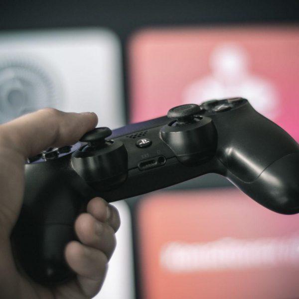 Обзор Apple Arcade. Как играть на iPhone, iPad и Apple TV (dsc 8486 edit)