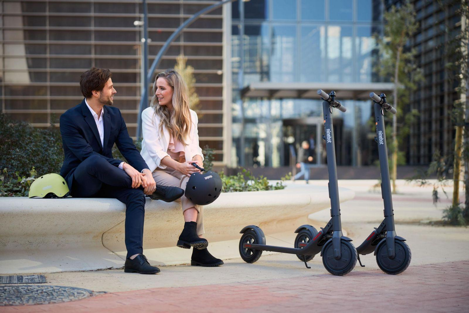 Ninebot-Segway выпустила электросамокат KickScooter E22 в России (eg 1215 min scaled)