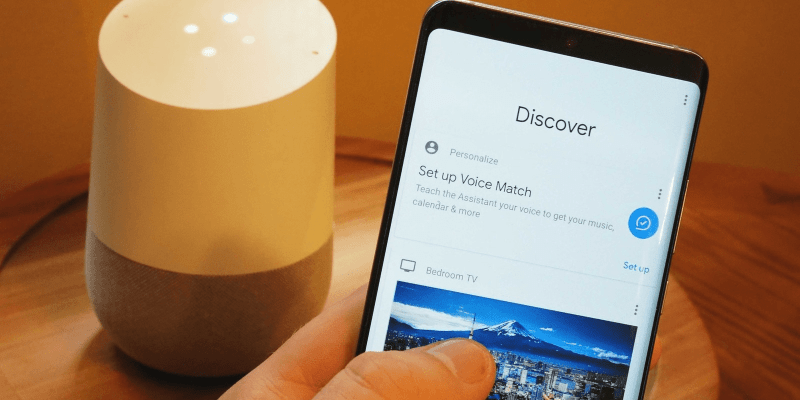 Google Assistant научился управлять холодильниками и кондиционерами (google assistant voice match how to hero large)