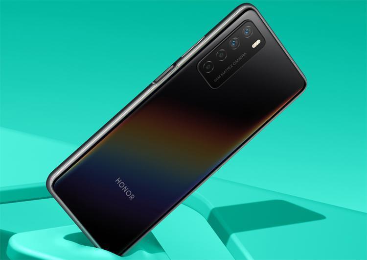 Honor показала смартфон Honor Play 4 во всех расцветках (ho1)