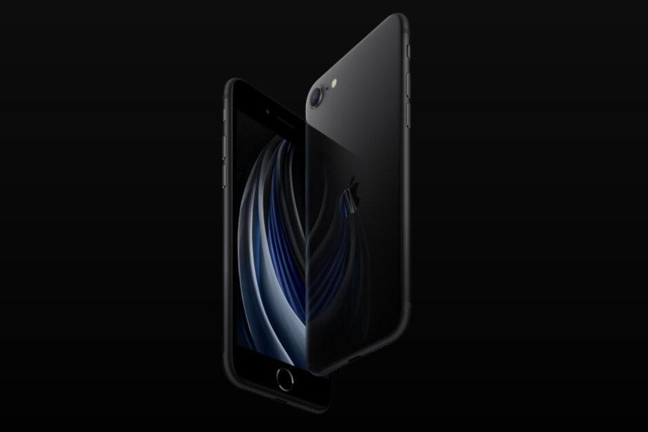 iPhone SE 2020 стал успешным для Apple (iphonese2)