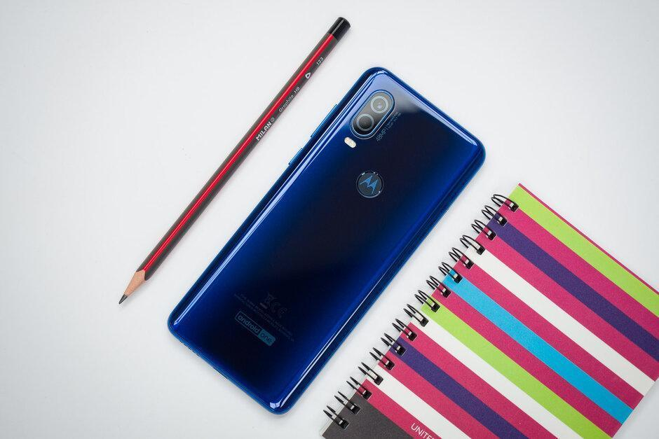 Раскрыты технические характеристики смартфона Moto E7 (key motorola moto e7 and one vision plus specs leak out)