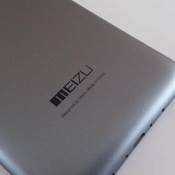 В сеть утекли фотографии смартфона Meizu с двумя дисплеями (meizu m2 note 7 scaled 1)