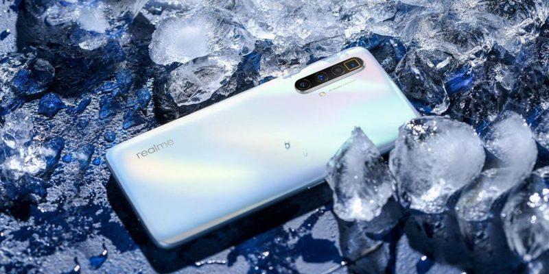 Realme представила смартфон Realme X3 SuperZoom (realme x3 superzoom arctic white b 1590493239)