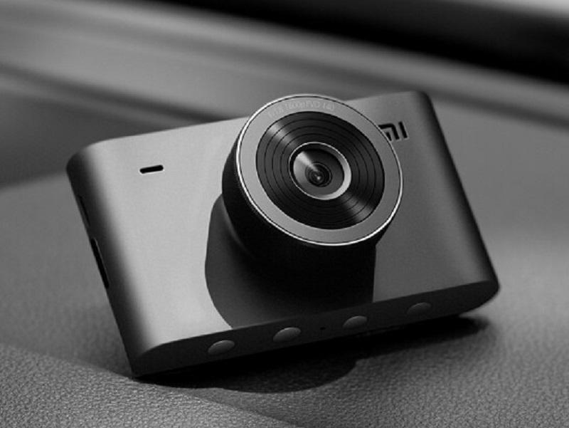 Xiaomi выпустила видеорегистратор Mi Smart Dashcam за 56 долларов (xiaomi mi smart dashcam 2k 2)