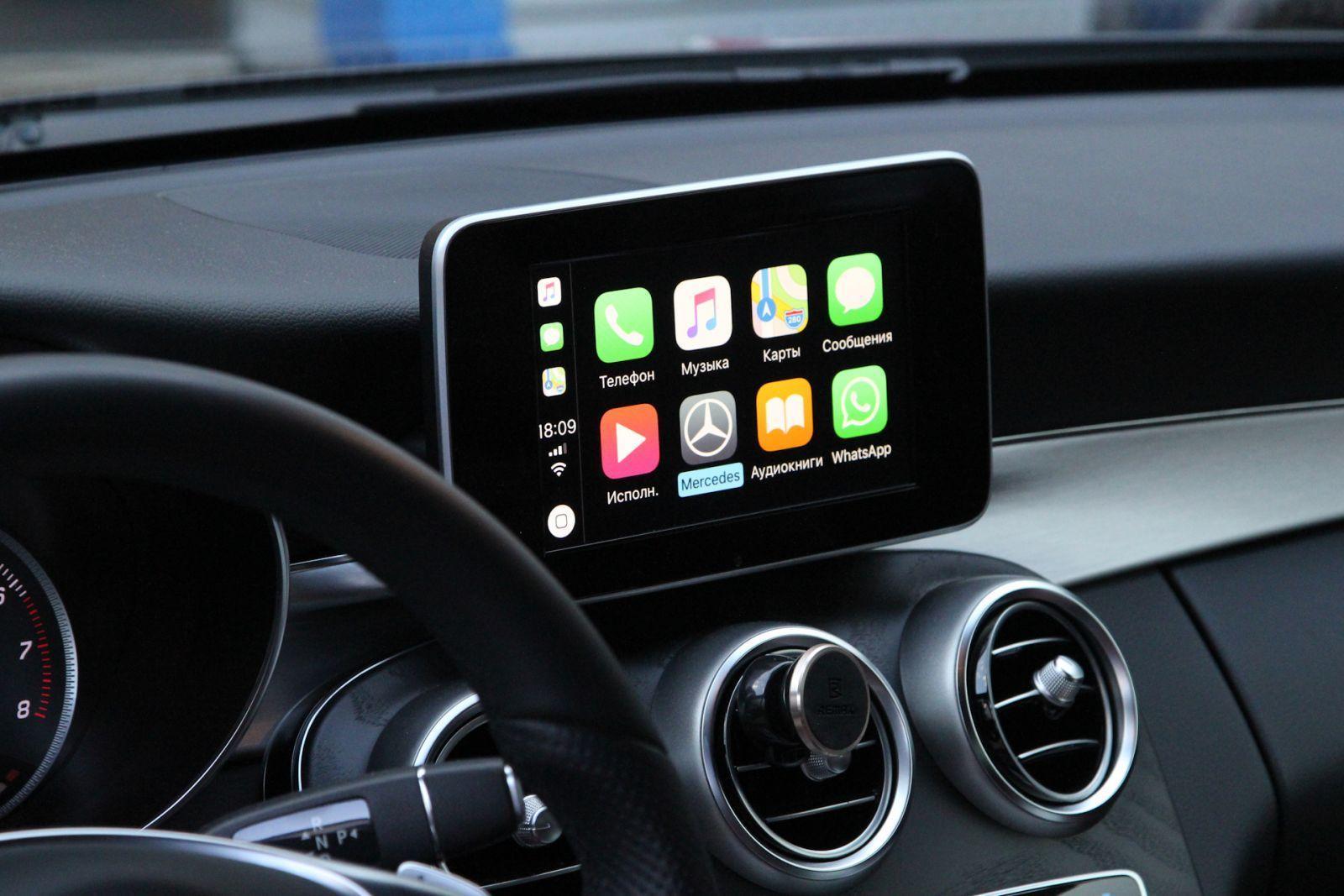 Apple представила обновление для CarPlay (2iaaagm soa 1920)