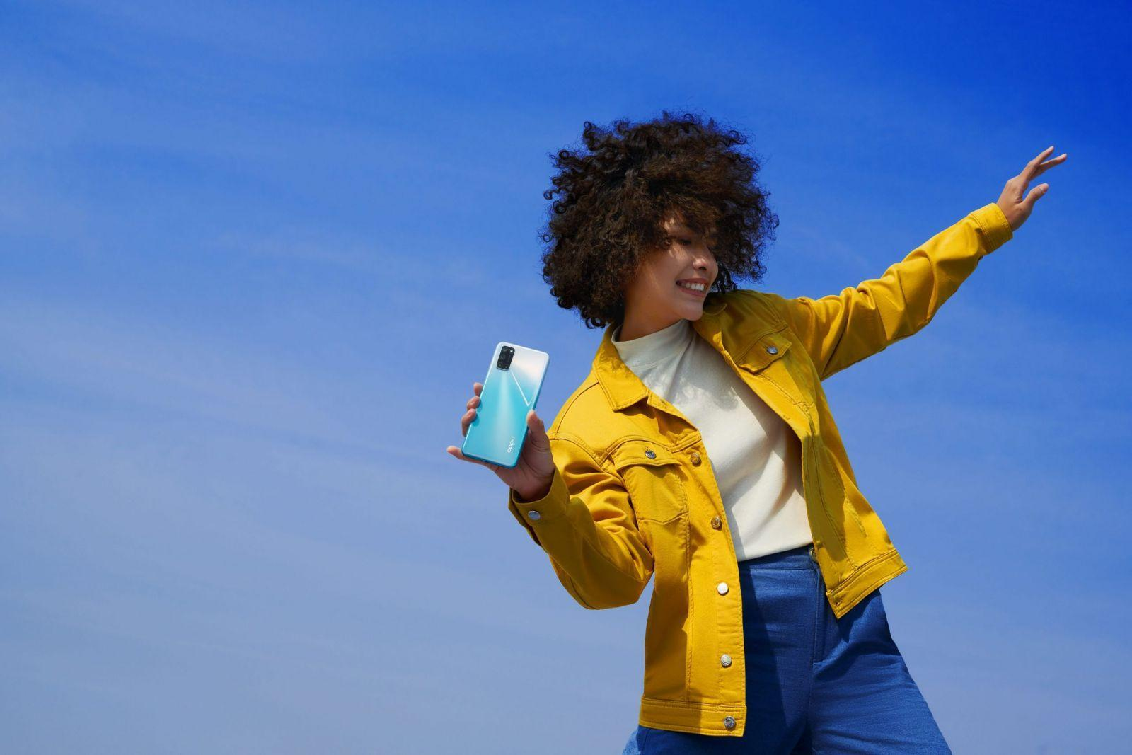 OPPO выпустила недорогой смартфон OPPO A72 с мощным аккумулятором (a72 scenario pictures 1 scaled)
