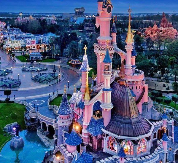 Disney поэтапно открывает свои парки в июле (disnejlend paris 1)