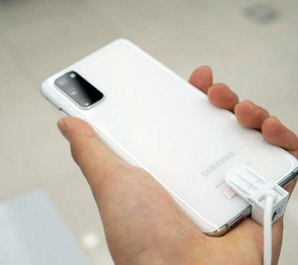 Samsung анонсировала ограниченную версию смартфона Galaxy S20 Ultra White Limited Edition (dsc08983)