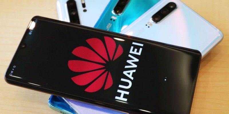 Huawei запатентовал смартфон с подэкранной камерой и виртуальными кнопками (https s3 ap northeast 1.amazonaws.com psh ex ftnikkei 3937bb4 images 0 5 8 5 21085850 1 eng gb 20190521175442 d scaled 1)