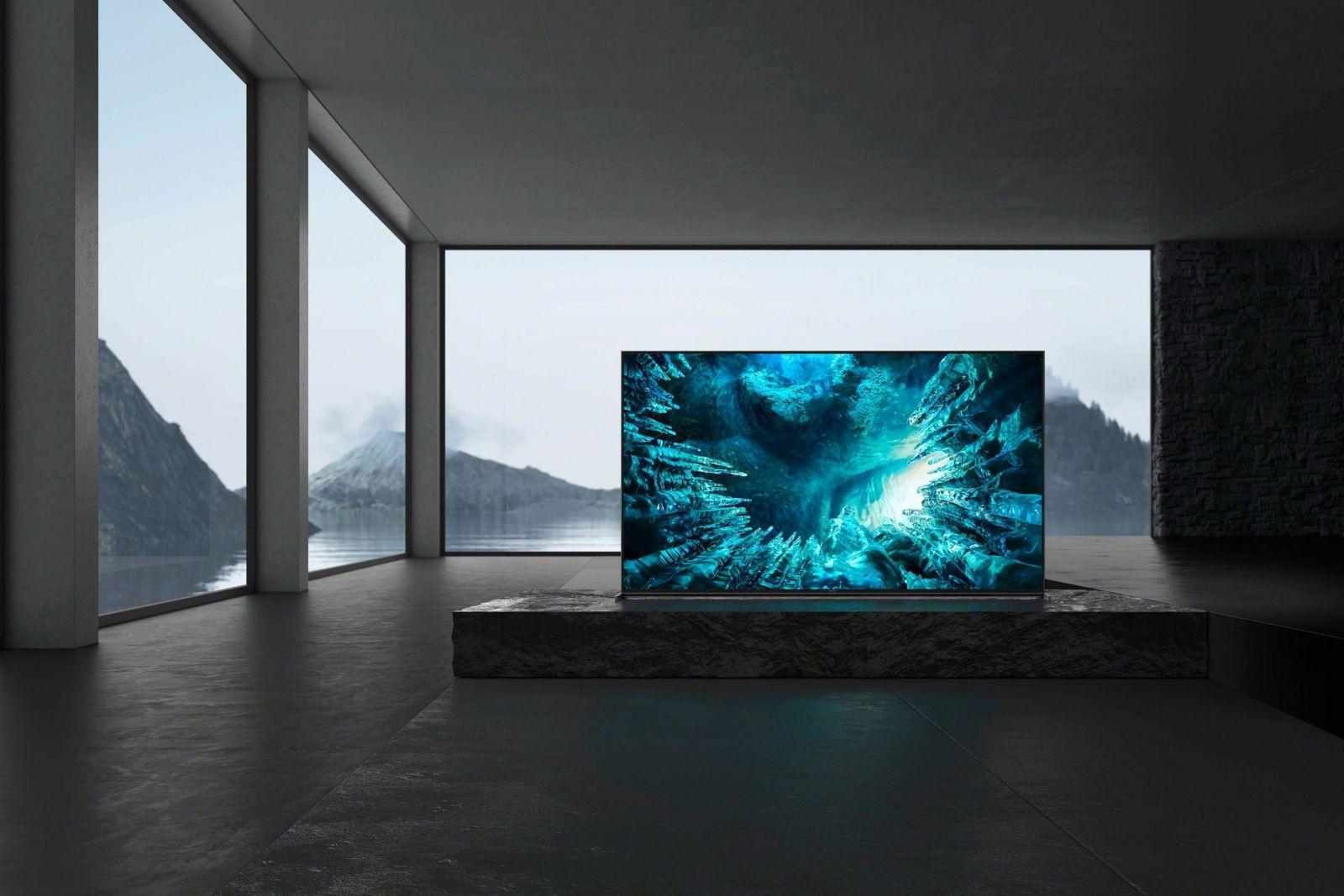8K-телевизор Sony BRAVIA серии ZH8 с полной прямой подсветкой уже в продаже (in situation 85 z8h zh8 dark sil dark sil edge large scaled)