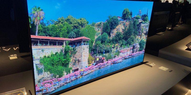 8K-телевизор Sony BRAVIA серии ZH8 с полной прямой подсветкой уже в продаже (sonyzh8cespic2)