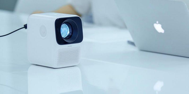 Xiaomi выпустила недорогой проектор с Full HD разрешением (wanbo t2 free 2)