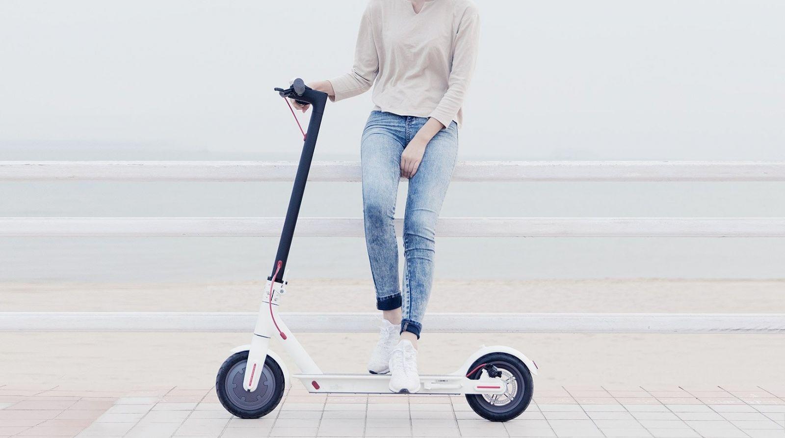 Xiaomi представила электрический самокат Mi Electric Scooter 1S за 399 евро (1481539578 xiaomi electric scooter 017)