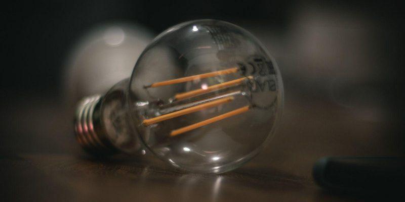 Умный свет. Обзор лампочек ELARI (dsc 8533)