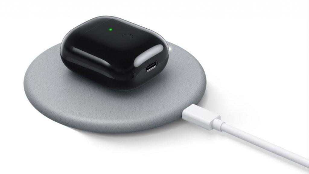 Realme представила новое беспроводное зарядное устройство мощностью 10 Вт за 12 долларов ()
