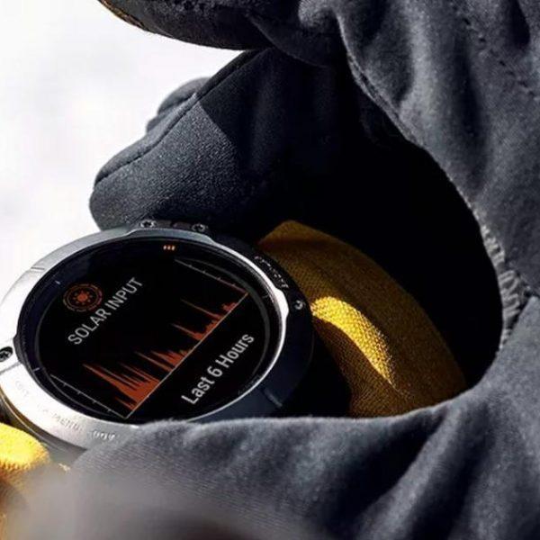 Garmin запускает новые умные часы на солнечных батареях (garmin presents the first solar powered smartwatch)