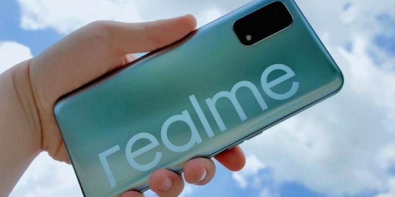 Живое фото Realme V5 рассекречивает некоторые характеристики смартфона (gsmarena 000 3)