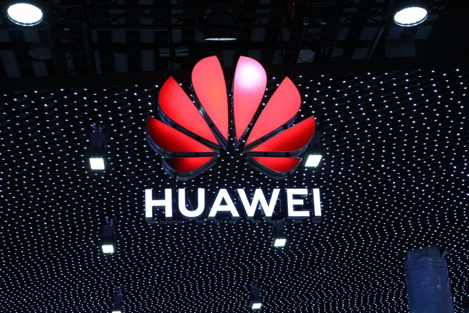 Huawei станет крупнейшим производителем смартфонов во втором квартале 2020 года (huawei logo mwc 2019 scaled)