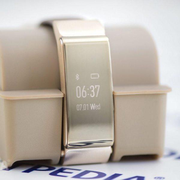 Huawei готовит новый фитнес-трекер Huawei TalkBand B6 (huawei talkband b2 smartwatch review mister show off 487241 33)