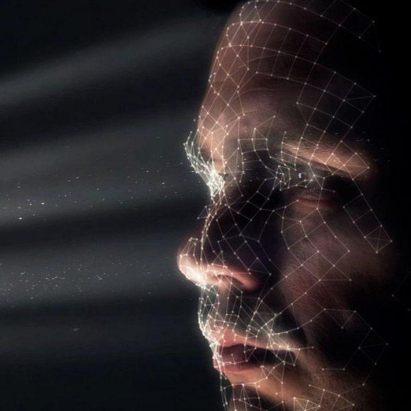 Функция распознавания лица появится в MacBook и iMac (istock 855246338 edit spencer whalen.jpg.5023358)