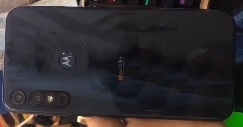 Слитые в сеть фото смартфона Motorola Moto E7 Plus раскрывают дизайн перед запуском (moto e7 plus live picture 01 800x420 1)