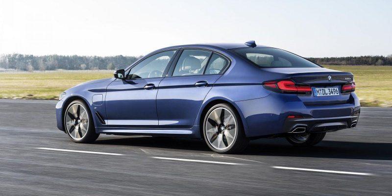 BMW может выпустить полностью электрические BMW 5 и BMW 7 Series (p90389022 highres the new bmw 530e xdr)