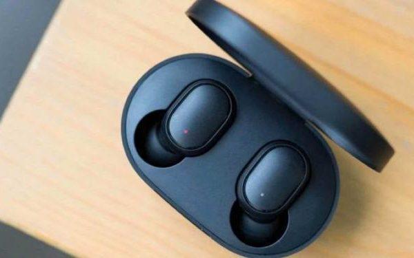 Наушники Redmi AirDots 2 стали хитом продаж ещё до релиза (sm.obzor redmi airdots samyh deshyovyh 1566830253 1140x570.750)