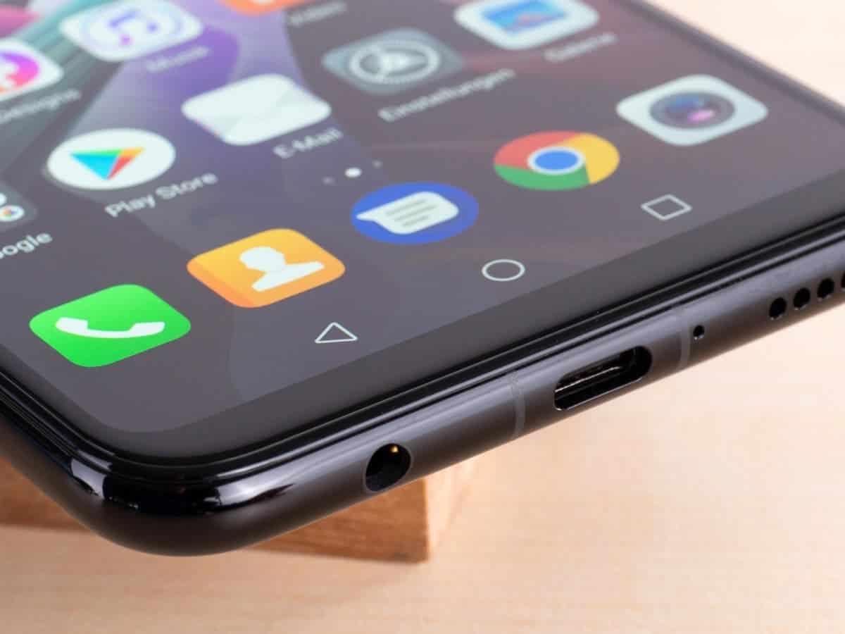 Более половины смартфонов, выпущенных в 2020 году, будут иметь разъём USB-C (usb c)