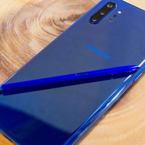 Samsung перестанет делать зарядки для смартфонов (vgqiti8dwcej4fze8fehsk)