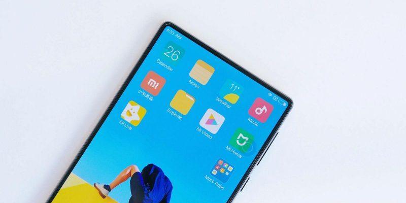 Xiaomi готовит смартфон с 5G и зарядкой на 120 Вт (xiaomi mix mkbhd video 5 scaled 1)