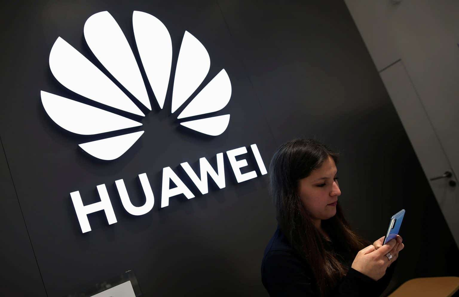 Huawei может уйти с рынка смартфонов (106032703 15638171122672019 07 19t014954z 764085332 rc1d1125bea0 rtrmadp 3 huawei tech chile 1536x992 1)