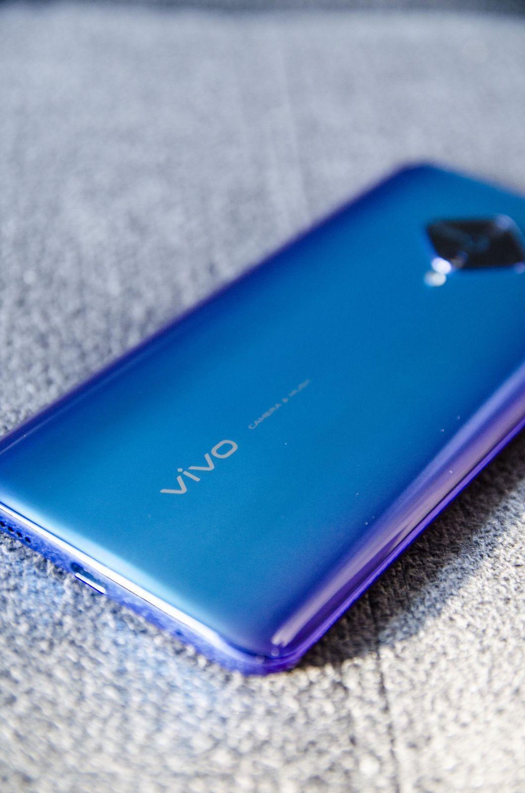 Обзор Vivo V17: хороший смартфон (edit 3 scaled)