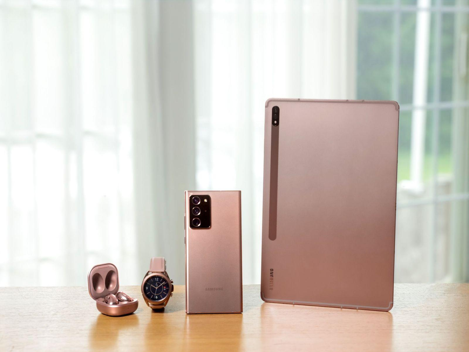 Вот, что показал Samsung на Galaxy Unpacked 2020 ()