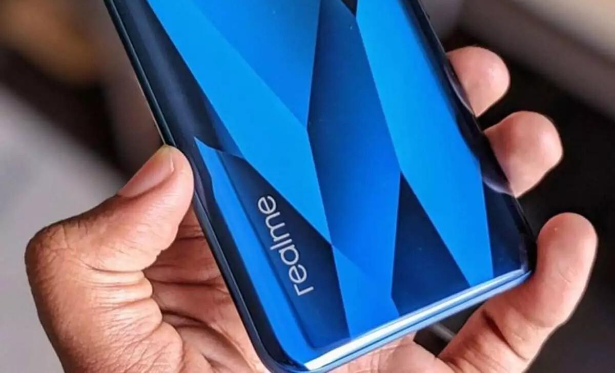 Смартфоны Realme 8 Series получат ёмкие батареи и быструю зарядку 65 Вт (feb70c1deb74c27ead6b796e7c4501084fae14ee)