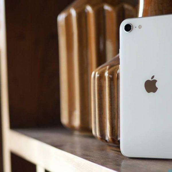 Новый iPhone SE (2020) теперь производится в Индии (hnx8db6z7x83)