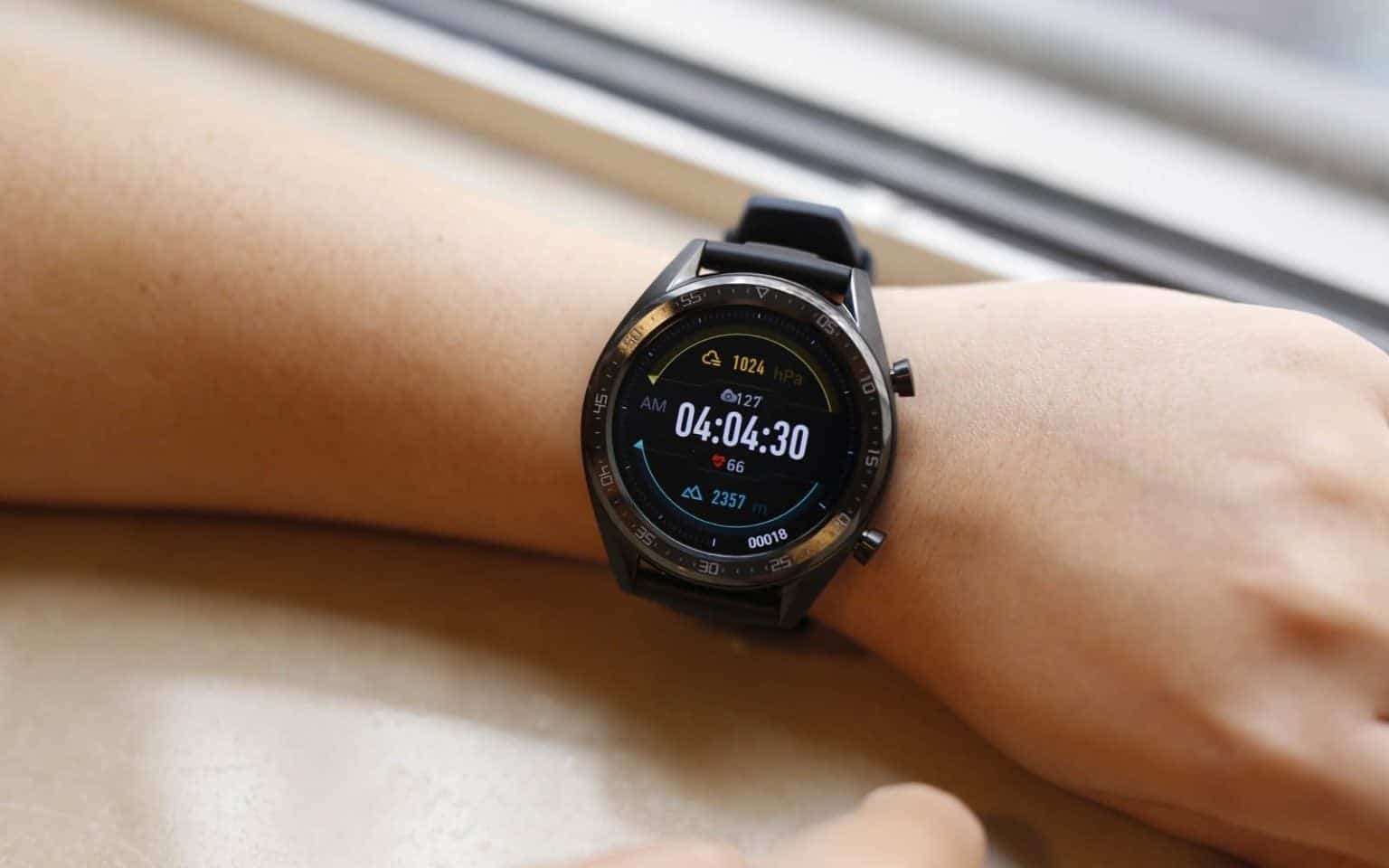 Huawei готовится к запуску новый умных часов Watch GT 2 Pro (huawei watch gt 2e tanitildi e1585269649313 1536x960 1)