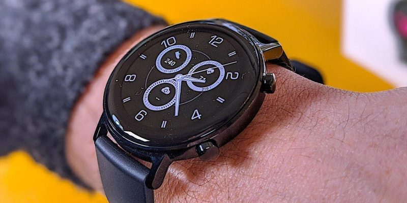 В сеть утекли официальные изображения Huawei Watch GT2 Pro (image 1)