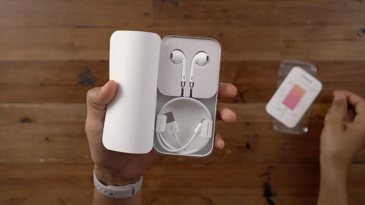 Исходный код iOS 14.2 подтверждает, что iPhone 12 будет без наушников EarPods (0)